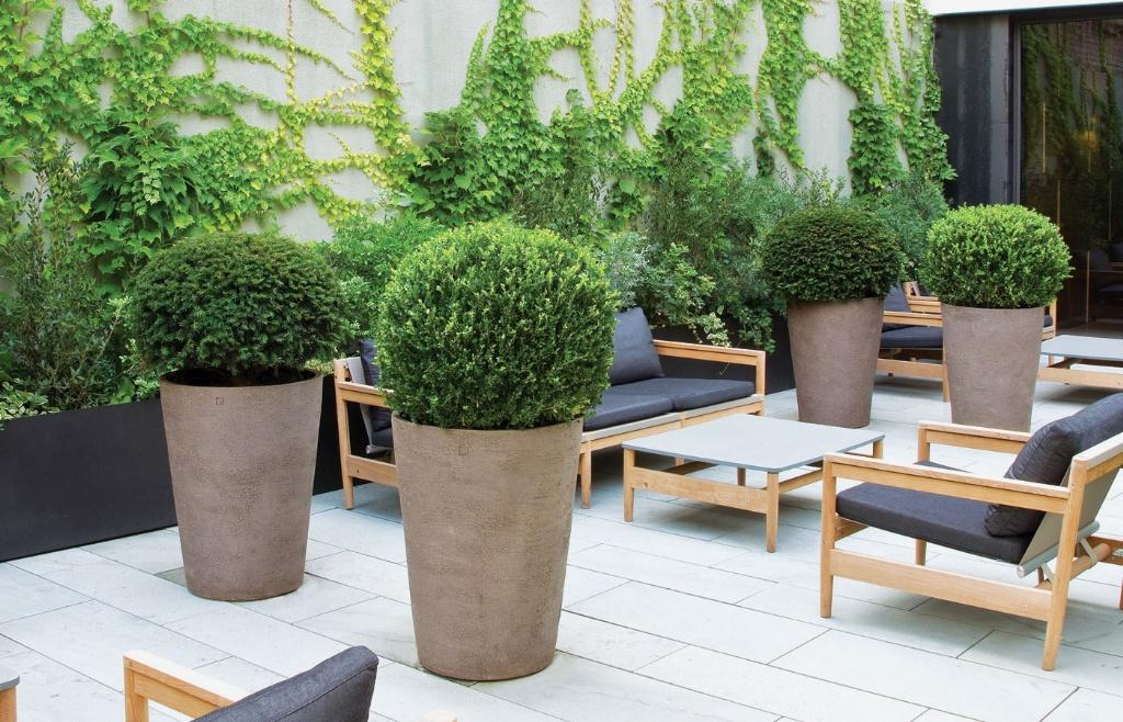 Atelier vierkant for Les plus belles plantes artificielles